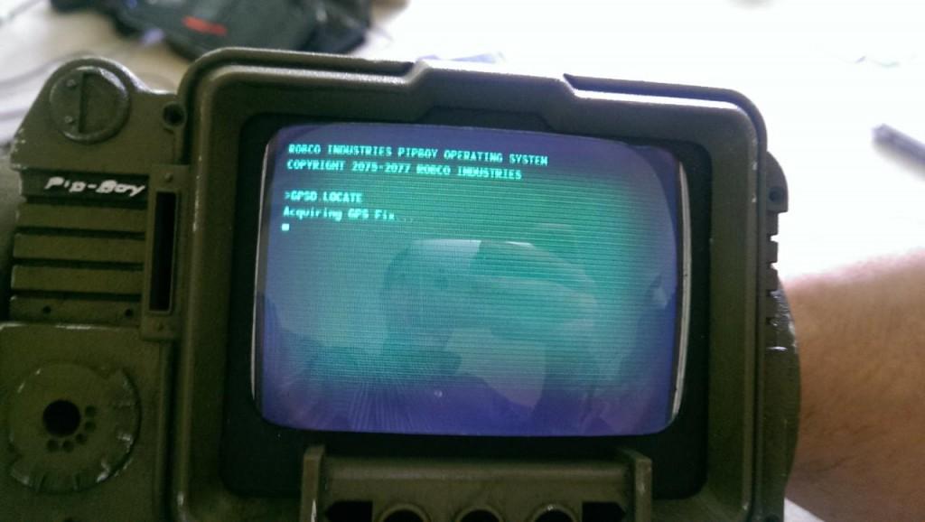 Fallout-Fan-Creates-Real-World-Pip-Boy-1024x578.jpg