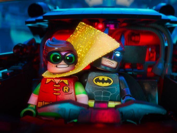 LEGO-Batman-Robin-and-Batman