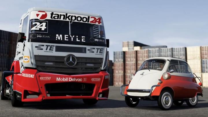 forza-6-new-giant-truck-and-bubble.jpg