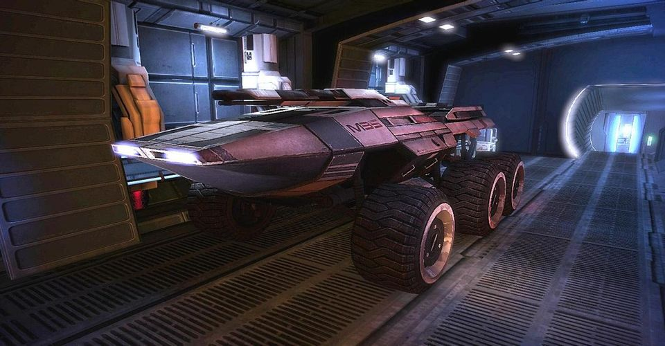 mass-effect-mako-vehicle-in-garage