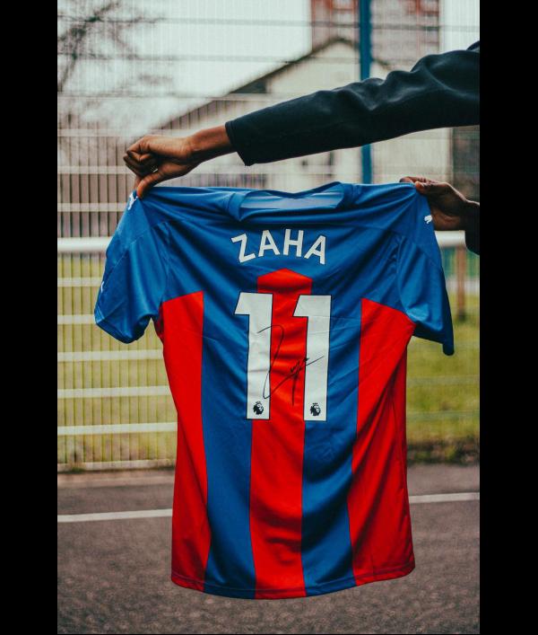 Wilfred Zaha signed shirt